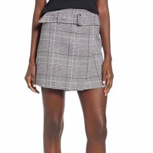 Leith BLACK SHAROL PLAID mini skirt